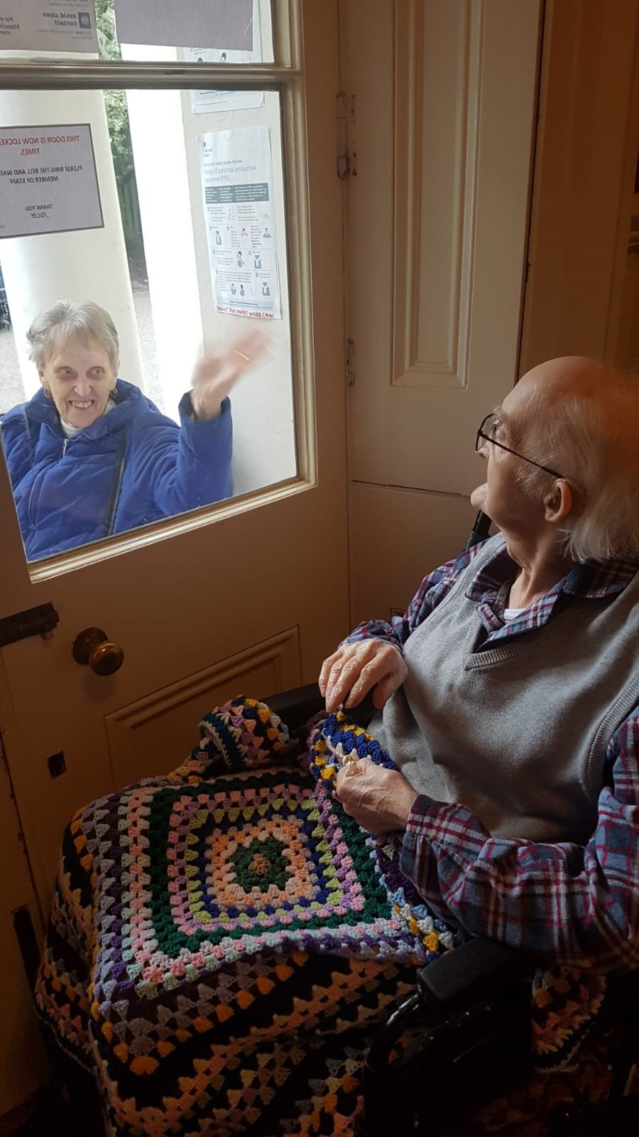 A Window Visit From Loved Ones - 06.02.21