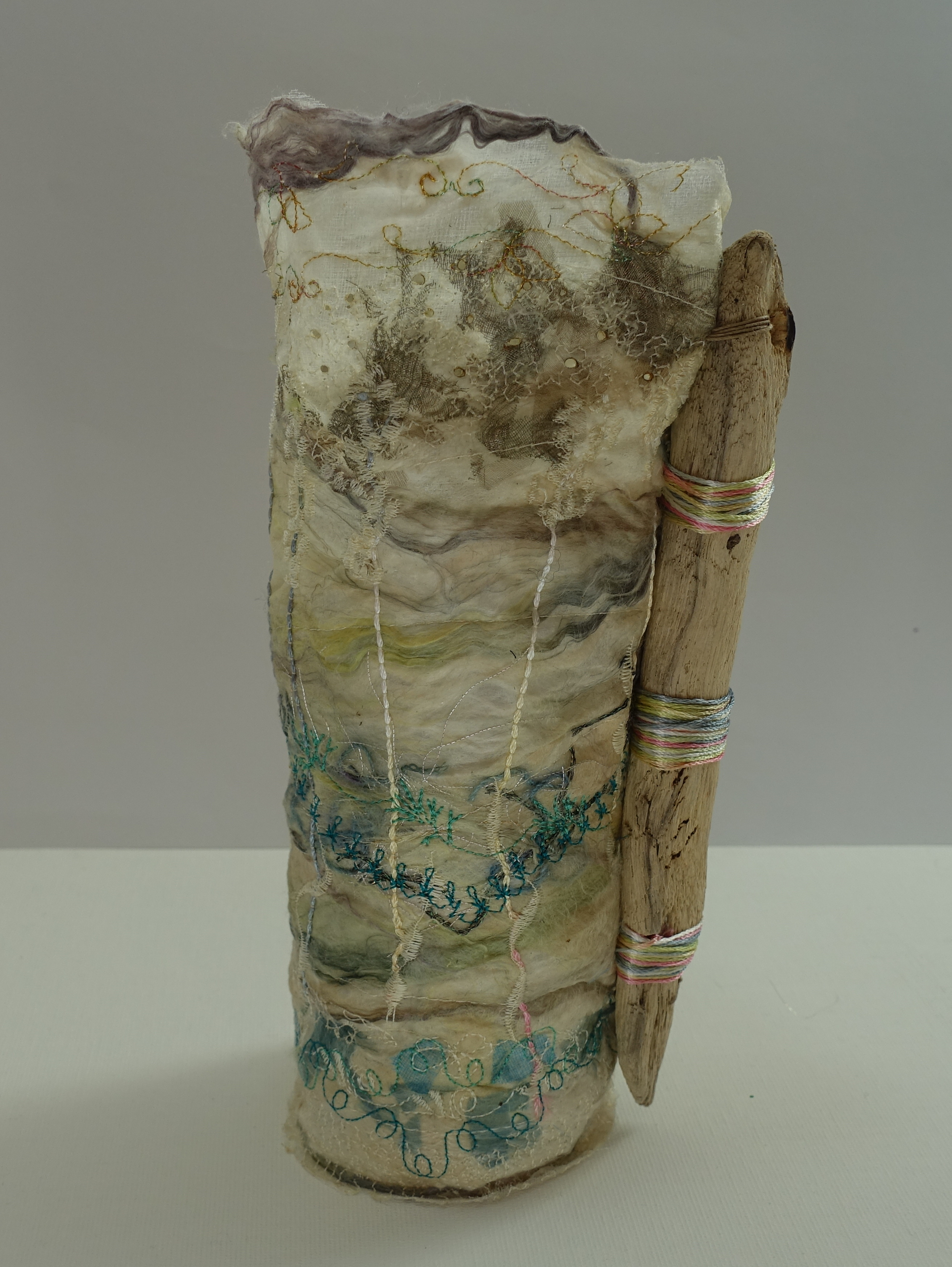 Title Driftwood Medium Vase Price £22 Size 18-20cm Silk Paper Vase with Glass Insert