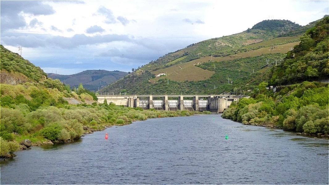Der Regua - Damm