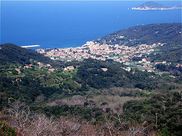Marciana Marina Das Seebad und Fischerdorf liegt an der Nordwestküste der Insel Elba