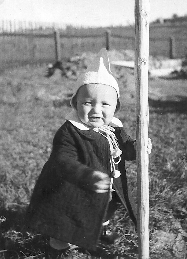 Erste wackelige Schritte - 1949
