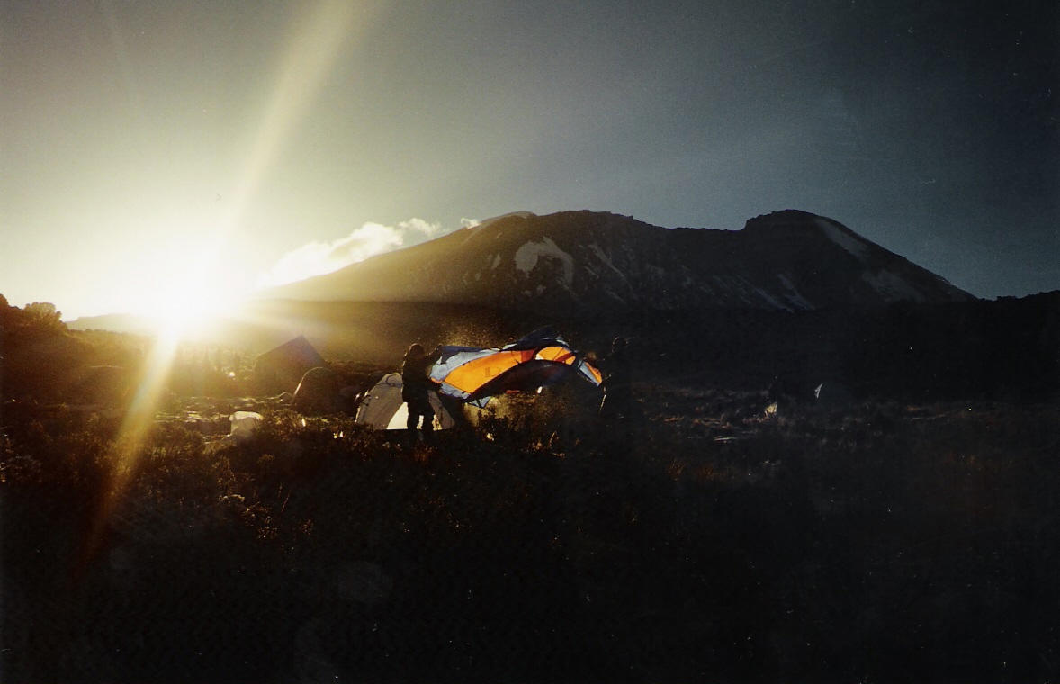 Sonnenaufgang im Shira Camp