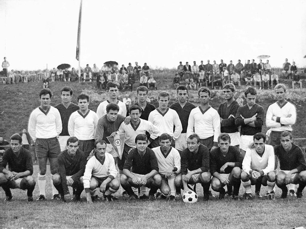 Freundschaftsspiel gegen den tschechoslowakischen Meister Sparta Prag
