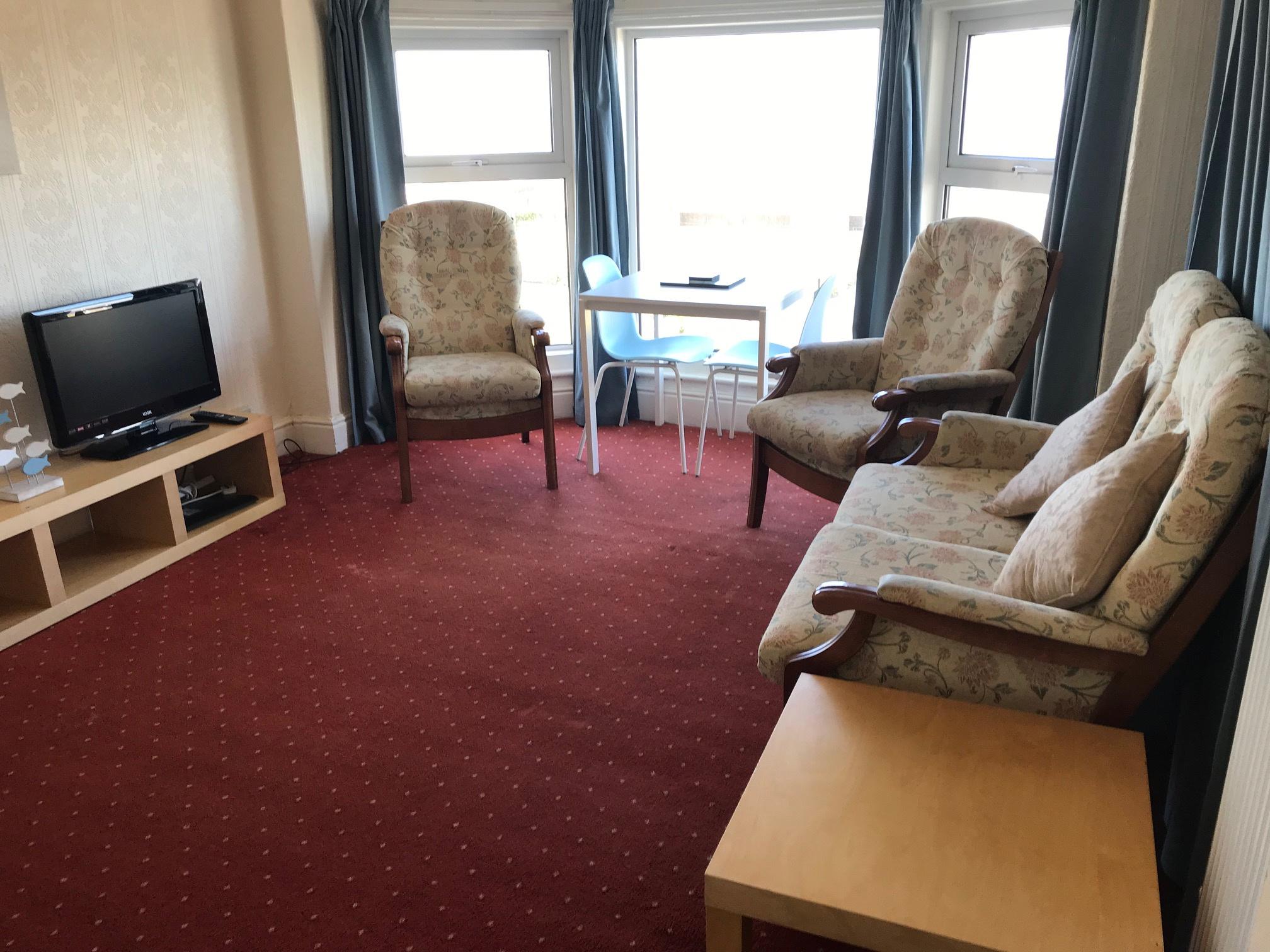 Flat 4 lounge