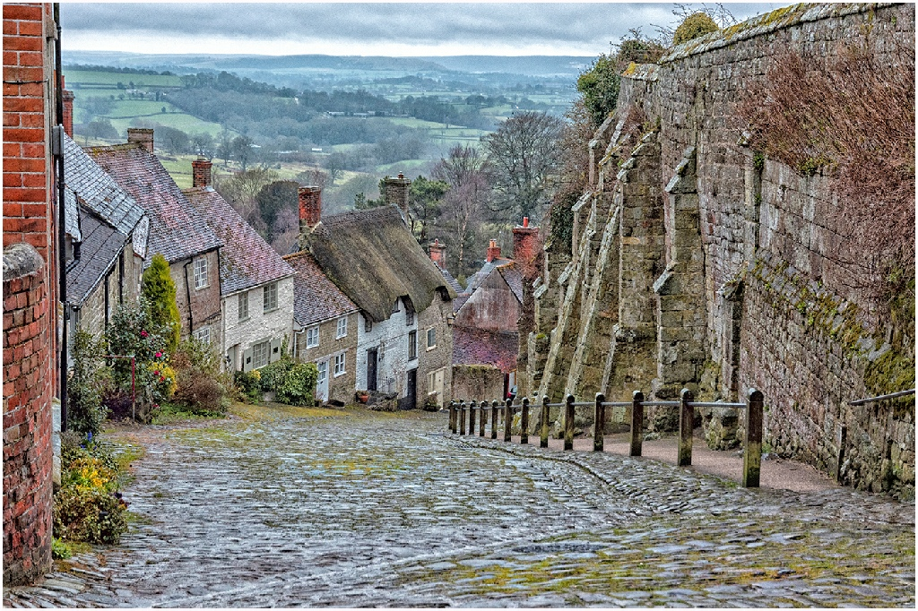 2nd Place: Gold Hill (Gaynor Ormerod)