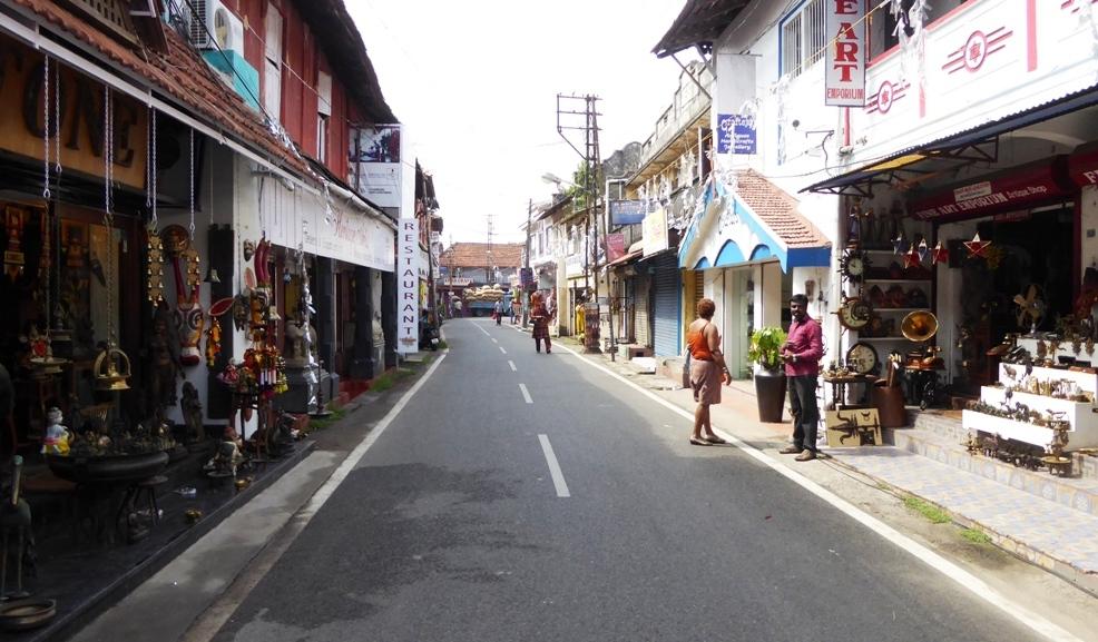 Die Jewish Street mit den bunten Läden