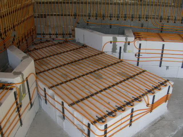 Wand- und Deckenheizung, Kapillarsystem