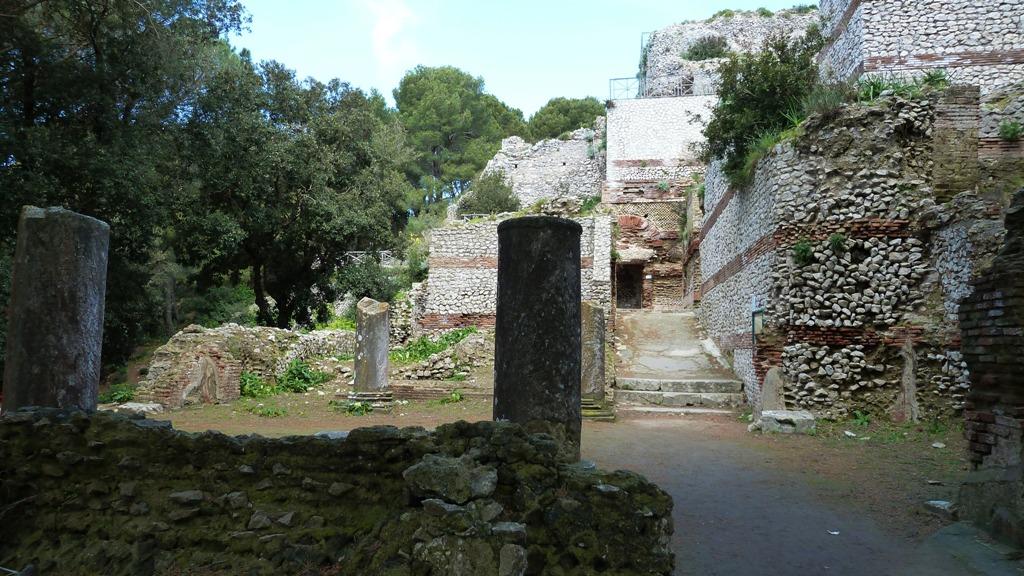 Capri war für elf Jahre Regierungssitz des Römischen Weltreichs. Der Kaisers soll  zwölf Villen  auf Capri besessen haben