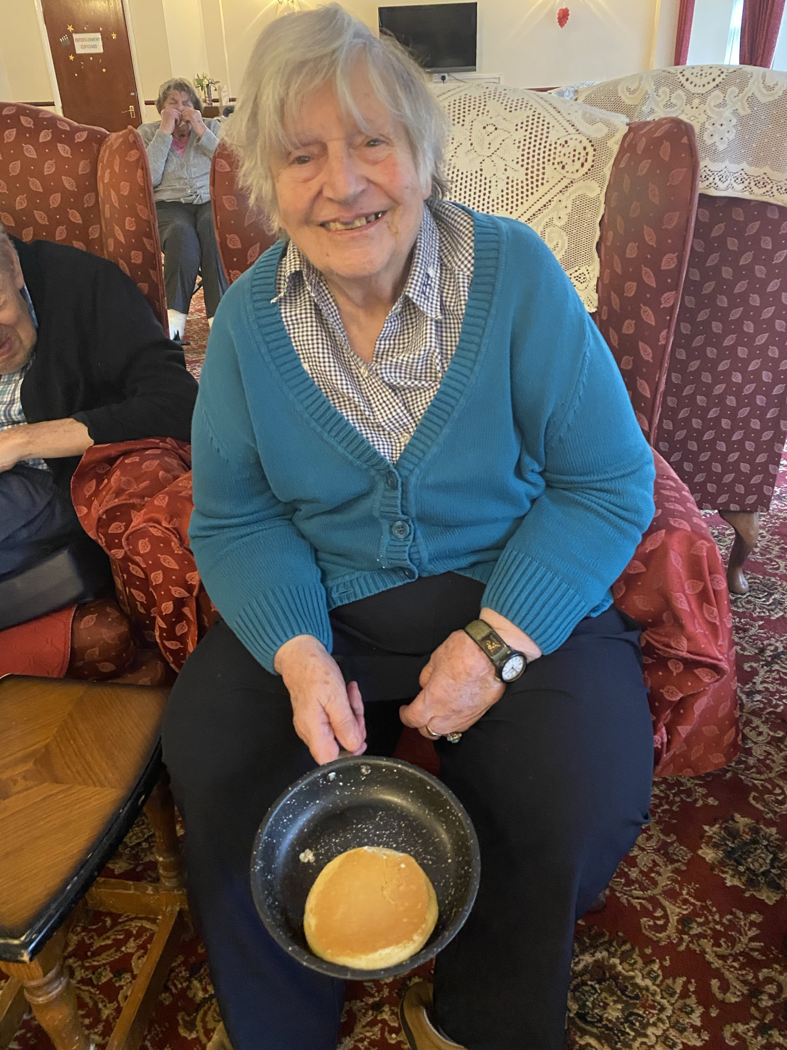 Shrove Tuesday - Pancake Flipping Contest - 2021