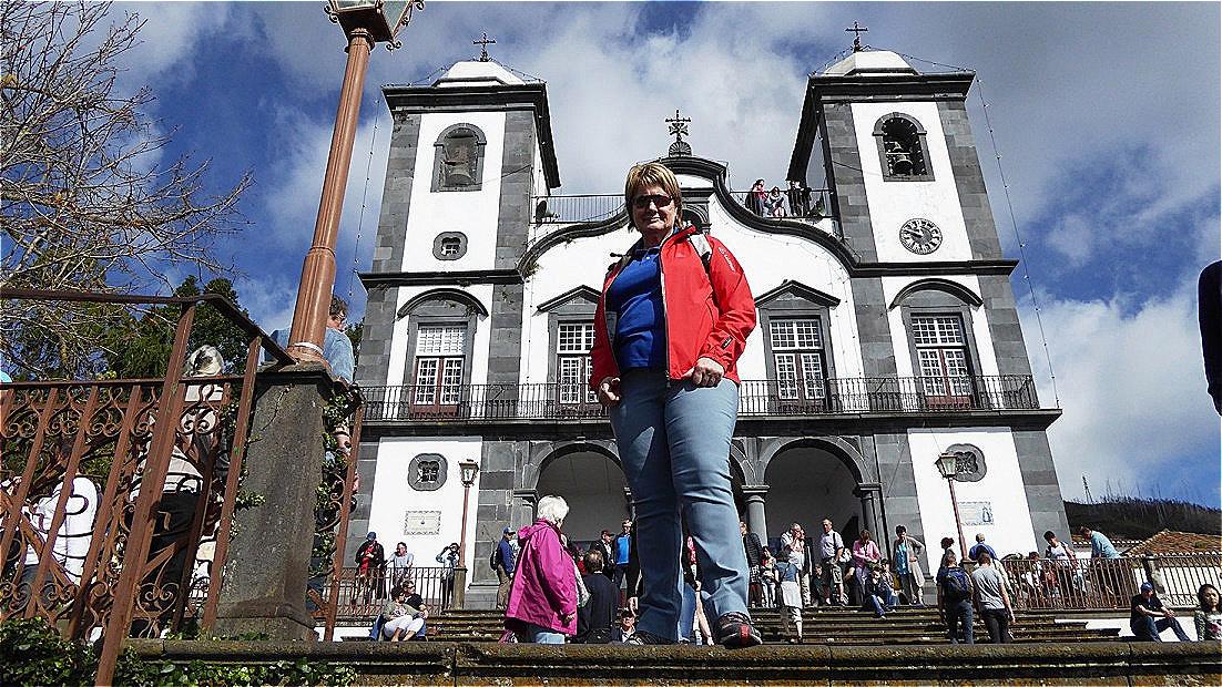 """Die Kirche """"Iglesia de Nossa Senhora do Monte"""" beherbergt das Grab von Kaiser Karl I."""