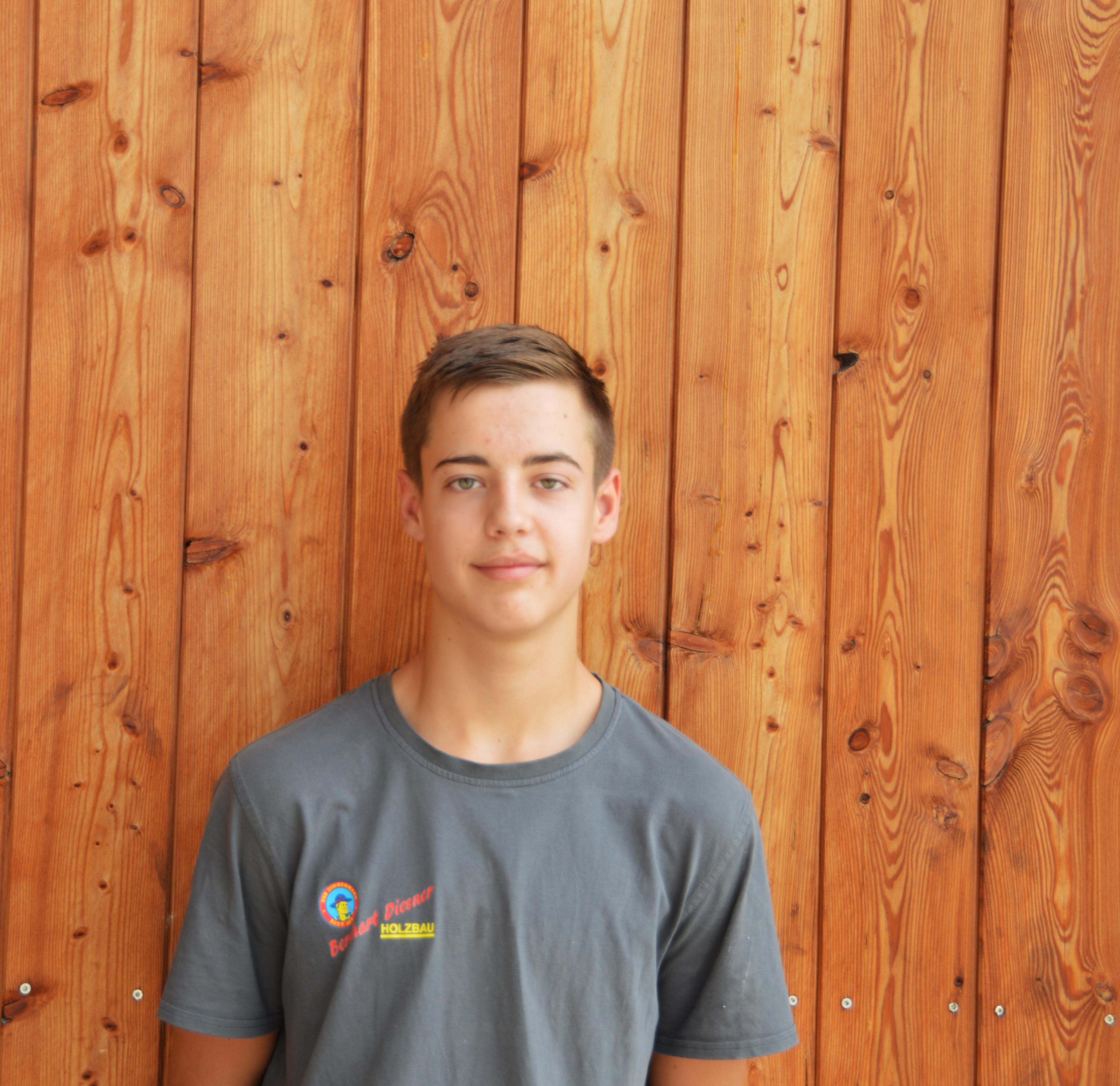 Lukas Feiler (Lehrling Zimmerer, Fertigteilhausbauer)