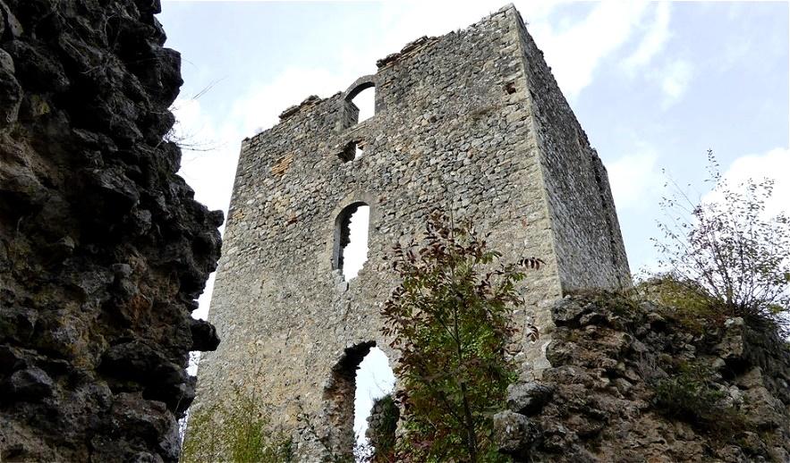 Beim Ausbruch der Pest 1478 und 1485 wurde der Ort von der Umwelt isoliert. Dies beschleunigte noch zusätzlich den wirtschaftlichen Niedergang